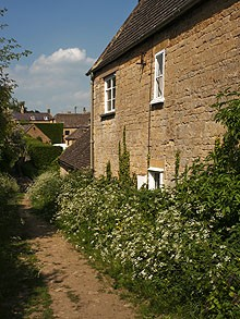 Between old cotages on the Cotswold Way