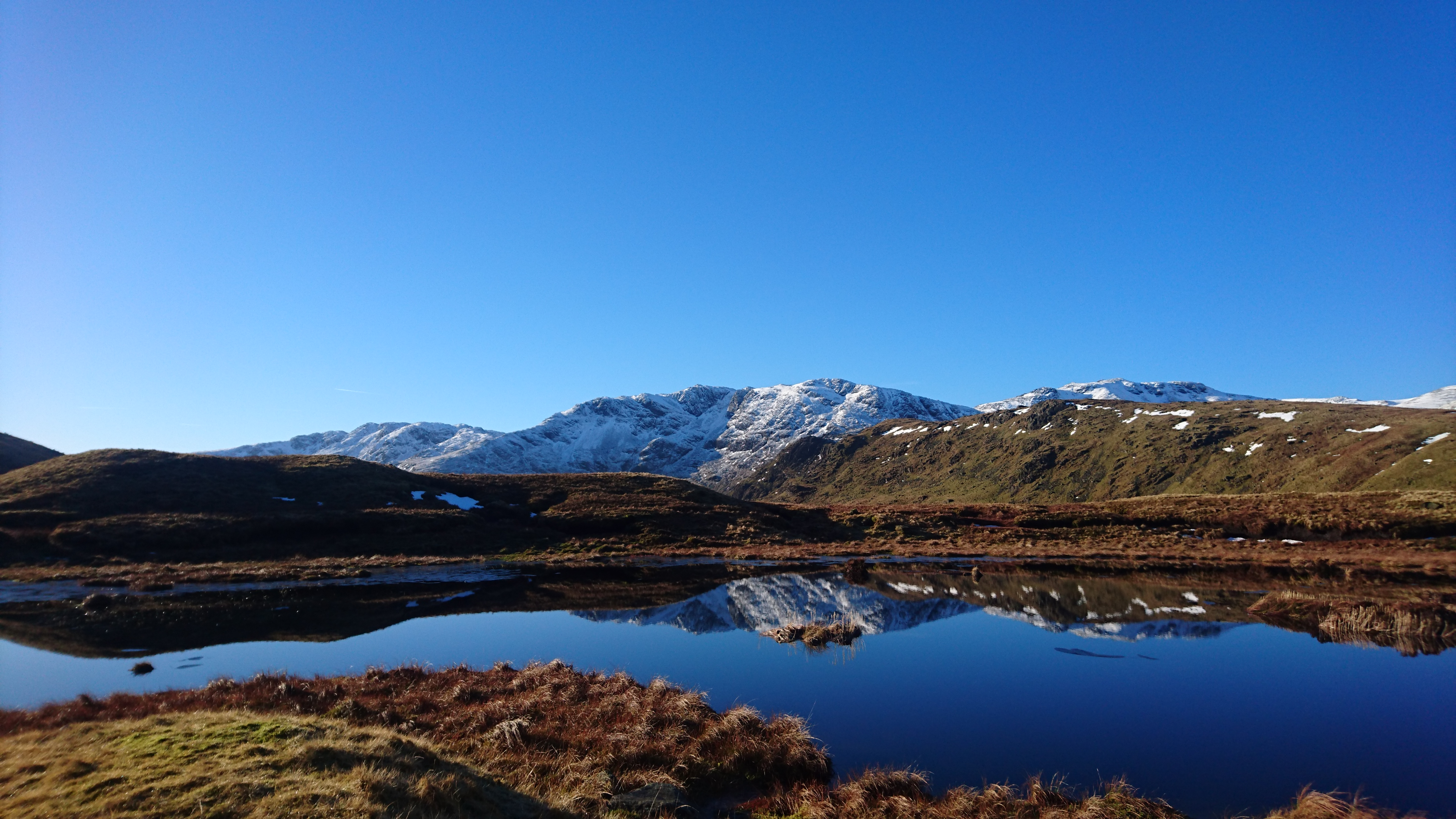 Nameless Tarn by Stake Pass